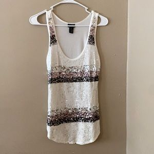 Small Rue21 white sparkle shirt ✨
